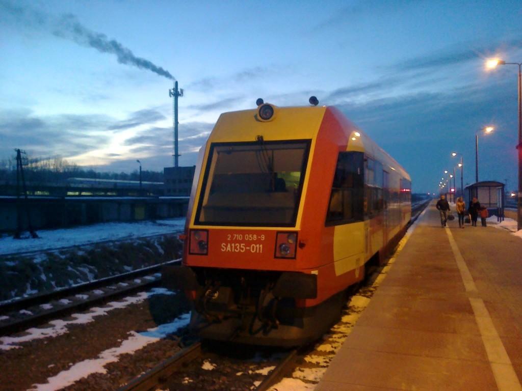 SA135-011 na stacji Kolbuszowa